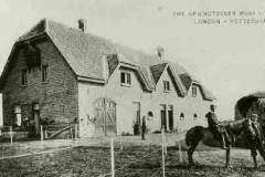 Boerderij met melkfabriek van de maatschappij Griendtsveen.jpg